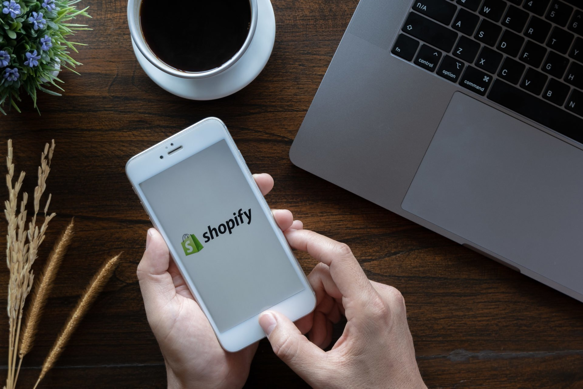 Lancashire agency partners with Canadian eCommerce platform Shopify